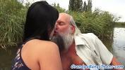 คลิปโป๊ฟรี Teen babe fucked outdoors by oldie ดีที่สุด ประเทศไทย